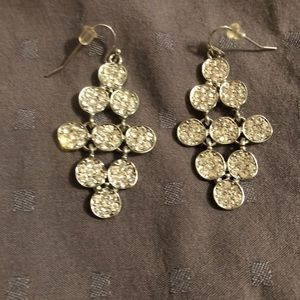 Jewelry - Elegant and sparkly women's earrings!